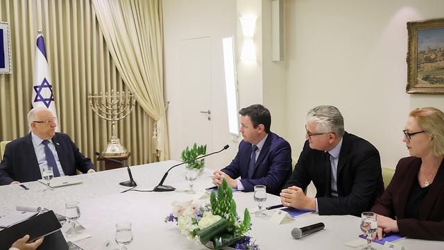 Фракция НДИ на встрече с президентом Ривлинoм. Фото: Ноам Ривкин, Flash90